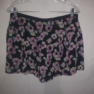 Lauren Conrad Black Lavender Flower Shorts 10